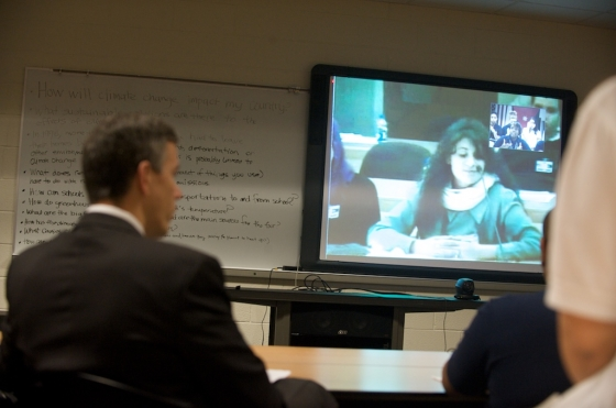 In November 2009, iEARN-Jordan worked with iEARN-USA to host a video conference on climate change moderated by Secretary of Education Arne Duncan and Dr. Waleed Al-Ma'ani, the Jordanian Minister of Education.